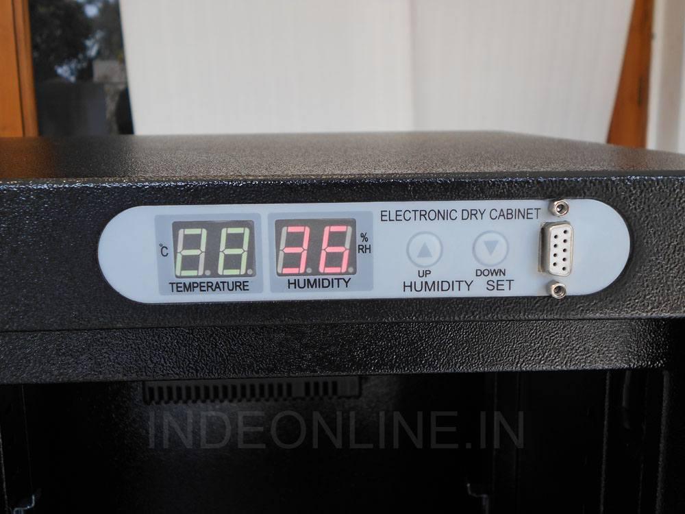 Dry Cabinet - Temperature Meter
